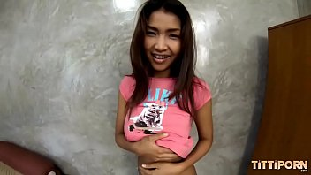 ใหญ่หน้าอกไทยที่รักยังไงพว