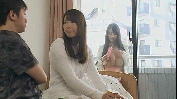 ดาราหนังโป๊ญี่ปุ่นโชว์หัวนมใหญ่ของเธอ
